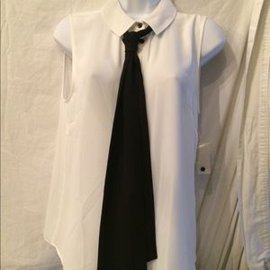 Cece  sleeveless top with tie M NWT